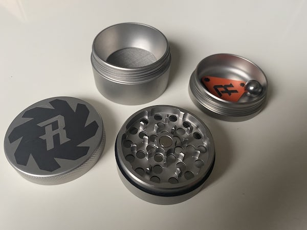 Herb Ripper steel grinder
